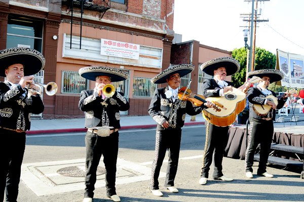 A Sad Song for Mariachis