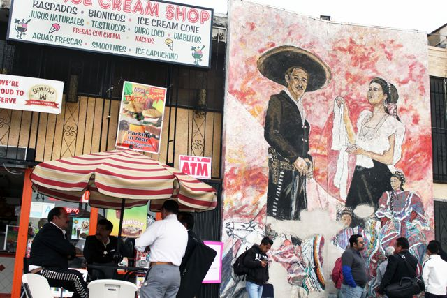 Boyle Heights Mariachis Compete in a Sour Economy