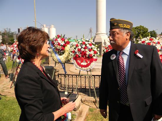 En homenaje a George Ramos, que difundió la experiencia de la zona Este de los Ángeles entre todos sus lectores