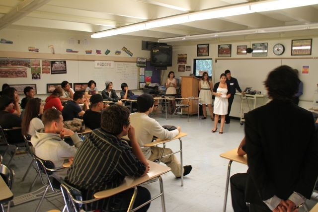 High school students from the Los Angeles area present conference at Roosevelt High