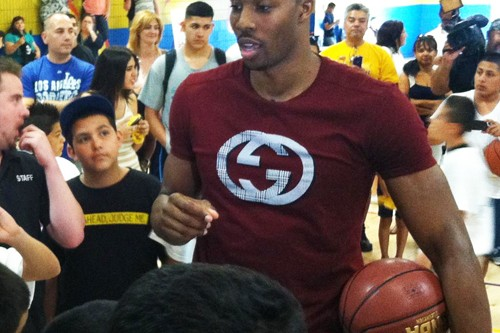 Laker Dwight Howard helps unveil new Hollenbeck Youth Center basketball court