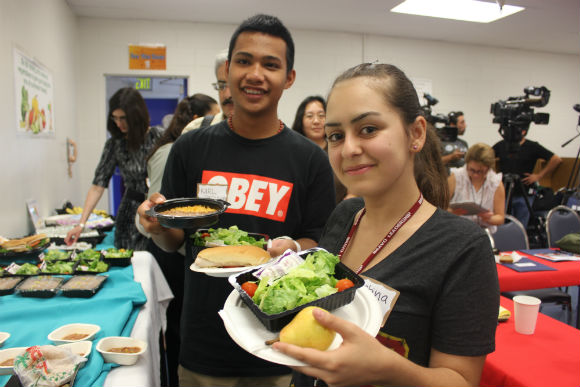 Students vote on new LAUSD school lunch items
