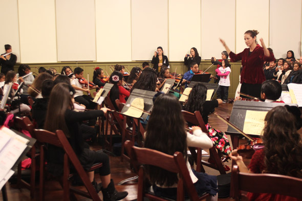 Boyle Heights Community Youth Orchestra rings in holiday season