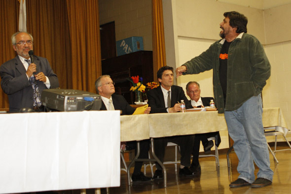 Over 100 residents turn out to voice concern about Metro property development