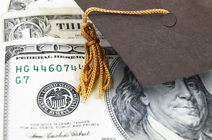 Quick Tips: Free money for college-bound students and DREAMers- Apply by March 2nd