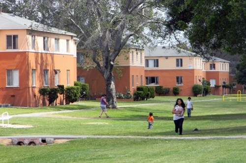 Boyle Heights Neighborhood Council to rehear Wyvernwood redevelopment proposal