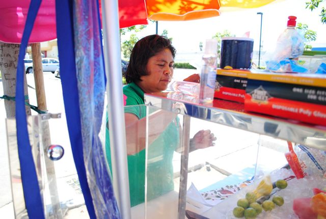 Effort to legalize street food vending in Los Angeles continues