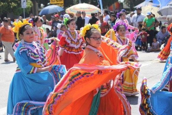 City leaders, community celebrate Mexican Independence with East LA Parade