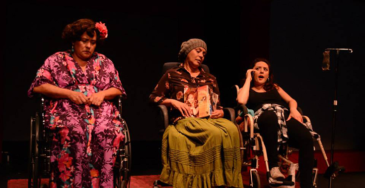 Chicanas, Cholas y Chisme at Casa 0101 Theater. Photo from Casa0101 website.