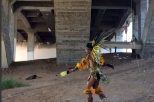 Artist Rafael Esparza finds home for performance under Boyle Heights bridge [VIDEO]