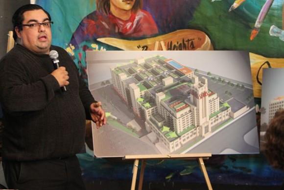 Un foro comunitario organizado por el Pulso de Boyle Heights habla sobre el futuro de Sears Tower [VIDEO]