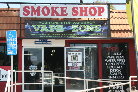 E-cigarettes siguen tendencia al alza entre los adolescentes