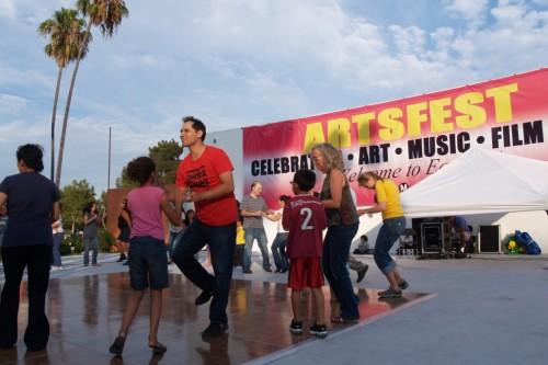 El Este de Los Angeles celebra el verano con ArtsFest
