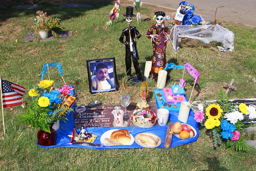 """Para muchos el Día de los Muertos es """"una manera de sanación"""""""
