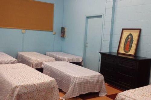 Refugio de Boyle Heights abre sus puertas para alojar a mujeres sin hogar