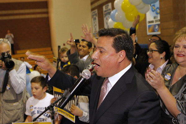 Incumbent Jose Huizar defeats opponents in City Council District 14