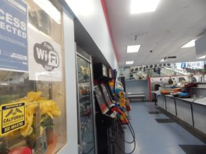 Several laundromats in Boyle Heights offer free Wi-Fi. Photo by Samantha Olmos.