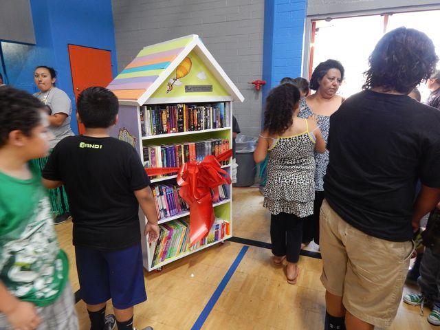 Un oasis de libros para Ramona Gardens