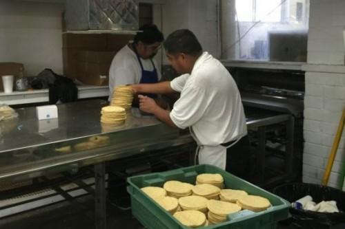 Las tortillerías reinan en Boyle Heights