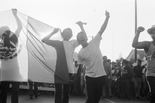 'La Raza' looks at the Chicano Movement through the lens of publication's photojournalists