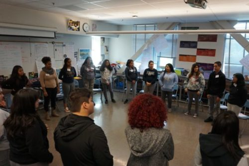 BH Youth Radio Project: Méndez students take to the stage for 10th grade English